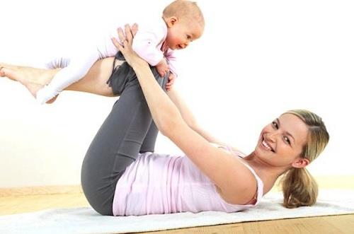 4 façons de perdre le ventre après l'accouchement