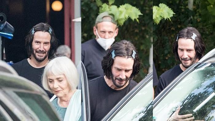 Keanu Reeves met des barrettes dans ces cheveux pour John Wick 4